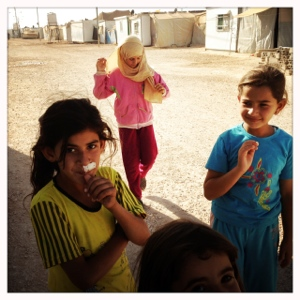 kids in zaatari